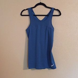 Nike muscle tank excellent condition